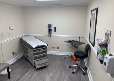 Le Reve Spinal Care Examination Room-4