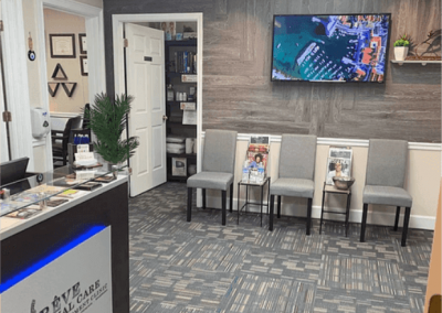 Le-Reve-Spinal-Care-Lobby-12