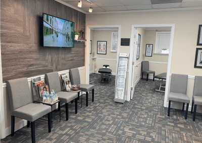 Le Reve Spinal Care Lobby-4