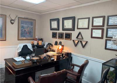 Le Reve Spinal Care, Office of Dr. Banishahi-5